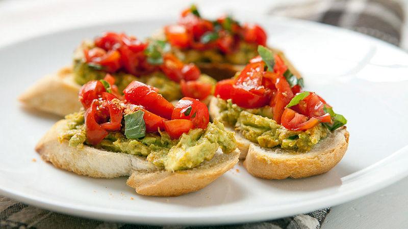 Spicy Bruschetta with avocado